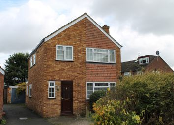 Thumbnail 3 bed detached house to rent in Sandells Avenue, Ashford