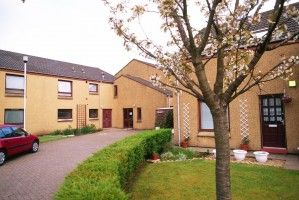 Thumbnail 1 bed flat to rent in Lochbrae Drive, Rutherglen, Glasgow