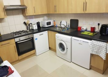 Thumbnail 4 bed flat to rent in Wokingham Road, Earley, Reading