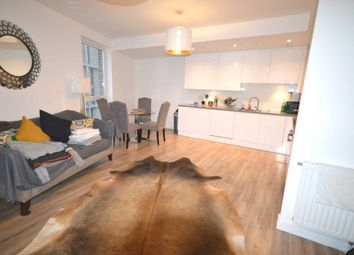 Room to rent in Rathbone Street, London E16