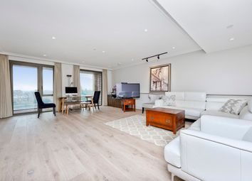 Thumbnail 3 bed flat for sale in Crisp Rd, London