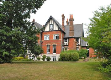 Thumbnail 2 bed flat to rent in Oldfield Road, Bromley, Kent