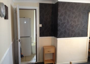 Thumbnail 1 bedroom flat to rent in Finsbury Terrace, Swansea