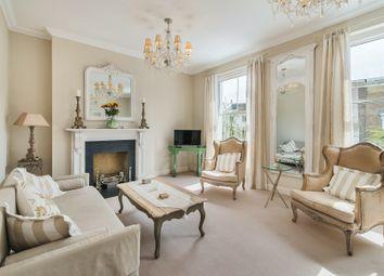 Serviced flat to rent in Warwick Gardens, London W14