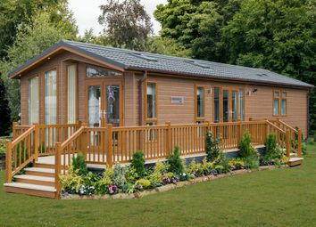 Thumbnail 2 bed lodge for sale in Goudhurst Road, Marden, Tonbridge, Kent