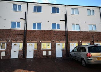Thumbnail 1 bed flat for sale in Wellington Court, Woodside, Bradford