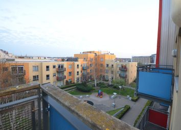 1 bed flat to rent in John Harrison Way, North Greenwich SE10