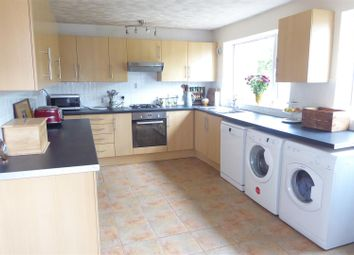 Thumbnail 4 bed semi-detached house for sale in Buckwood Avenue, Dunstable