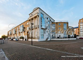 Room to rent in Greenland Dock, Surray Quays, London SE16