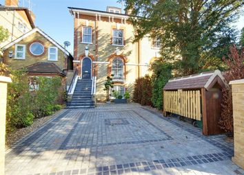 Thumbnail 5 bed property to rent in Station Road, New Barnet, Hertfordshire