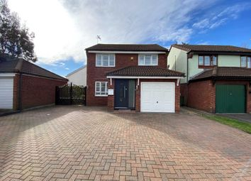 3 bed detached house for sale in Winchester Gardens, Basildon SS15