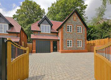 Thumbnail 3 bed detached house for sale in 154 Watling Street, Radlett, Hertfordshire