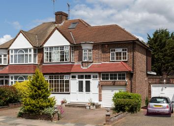 5 bed property for sale in Vera Avenue, London N21