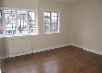 Thumbnail 2 bed flat to rent in Wellesley Ave, Richings Park, Iver, Buckinghamshire