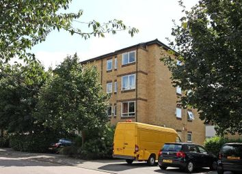 1 bed property to rent in Chaucer Drive, London SE1