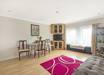Thumbnail 1 bed flat for sale in Lacock Close, London