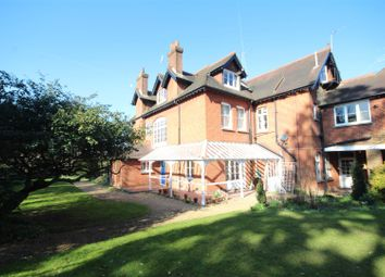 Thumbnail 1 bed flat to rent in Cranley Road, Guildford