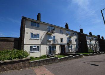 Thumbnail 2 bedroom flat for sale in Bennetts End Road, Hemel Hempstead