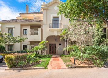 Thumbnail Apartment for sale in Sotogrande, Av. Los Cortijos, 11310 San Roque, Cádiz, Spain