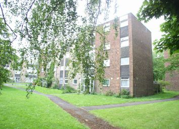 Thumbnail 1 bed flat to rent in Trafalgar Drive, Walton-On-Thames