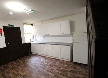 Thumbnail 5 bed shared accommodation to rent in Kitchener Road, High Wycombe