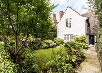 Oakwood Road, Hampstead Garden Suburb, London NW11. 4 bed semi-detached house