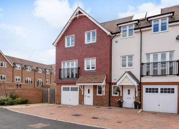 Thumbnail 5 bed town house for sale in Chesham, Buckinghamshire