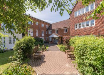 Station Road West, Canterbury CT2. 1 bed flat for sale