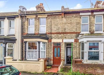 3 bed terraced house to rent in Balmoral Road, Gillingham ME7