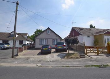 3 bed detached bungalow for sale in Pound Lane, Basildon, Essex SS13