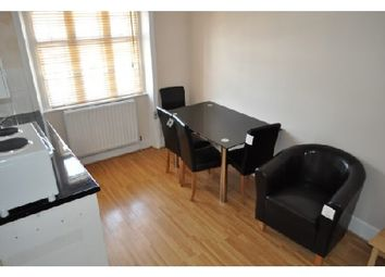 1 bed flat to rent in Prince's Square, Notting Hill, London W2