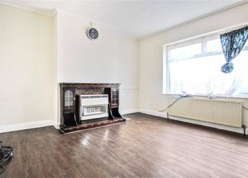 3 bed semi-detached bungalow to rent in Sydney Road, London SE2