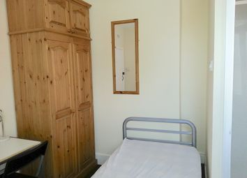 Thumbnail Room to rent in Prospect Road, Banbury