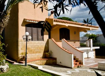 Thumbnail 4 bed villa for sale in Fontane Bianche, Siracusa (Town), Syracuse, Sicily, Italy