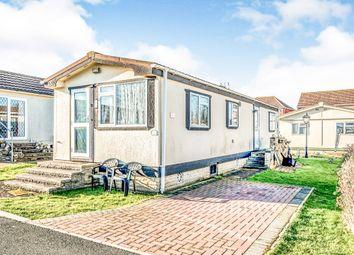 Thumbnail 2 bedroom mobile/park home for sale in Kingsmead Park, Bedford Road, Rushden