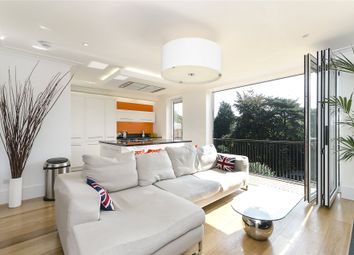 Thumbnail 4 bed flat to rent in Redington Road, Hampstead, London