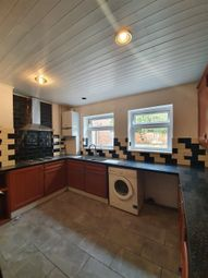 4 bed property to rent in Harewood Gardens, South Croydon CR2