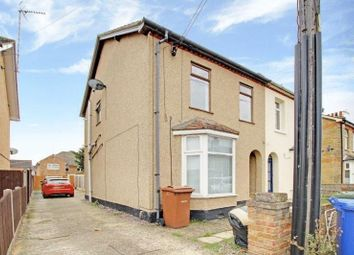 Thumbnail 1 bed maisonette to rent in Salisbury Avenue, Stanford-Le-Hope