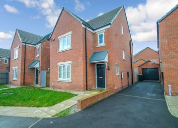 4 bed detached house to rent in Aspen View, Whinmoor, Leeds LS14