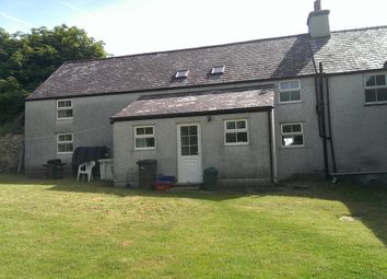 3 bed farmhouse to rent in Llanerchymedd, Anglesey LL71