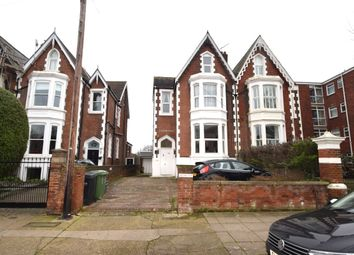 Thumbnail 4 bedroom flat to rent in Outram Road, Southsea