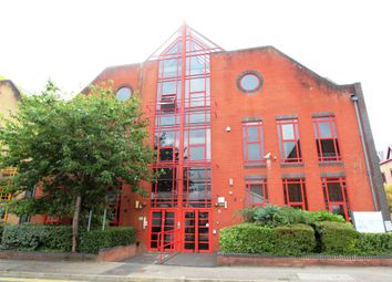 1 bed property to rent in Flat 16, Southern Court, South Street, Reading RG1