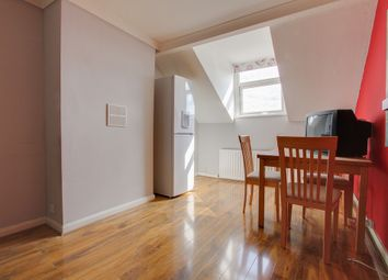 Thumbnail 1 bedroom flat for sale in Holmesdale Road, Croydon