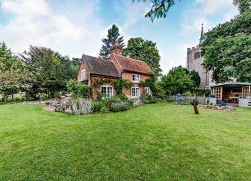 Pirbright, Woking, Surrey GU24. 3 bed detached house