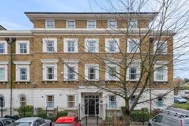 Lloyd Villas, Lewisham Way, London SE4. 2 bed flat for sale