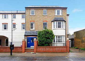 Thumbnail 2 bed flat to rent in Ordell Road, London