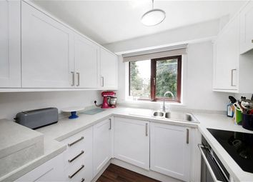 Thumbnail 1 bedroom flat for sale in Chartwell Way, London