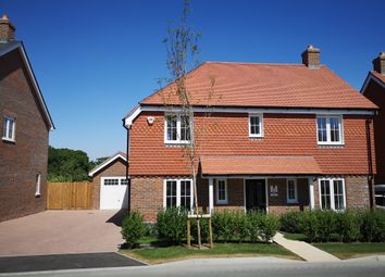 Walshes Road, Crowborough TN6. 4 bed detached house