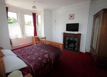 Thumbnail Studio to rent in Brighton Road, Sutton