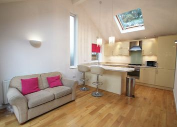 Thumbnail 2 bedroom bungalow to rent in Lime Grove, Twickenham, Middlesex